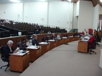 Câmara realiza sessão e audiências nesta quarta