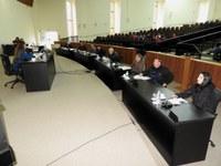 Vereadores aprovam projeto sem criação de cargo