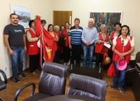 Câmara recebe visita da Bandeira do Divino