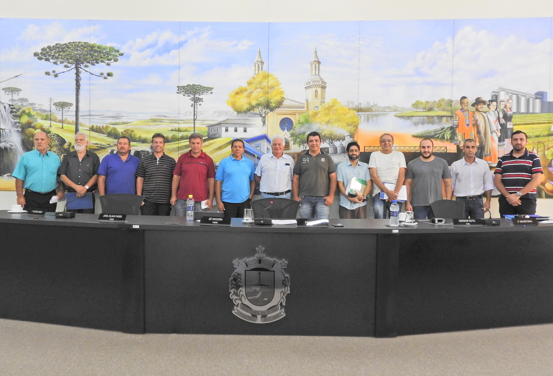 Sessão Ordinária foi acompanhada pelo Presidente da Casa de Leis de Carambeí.