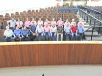 Sessão teve homenagem à Rede Feminina de Combate ao Câncer.