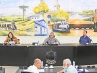 Vice-Presidente Dirceu Ribeiro dirige a sessão desta semana.