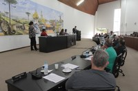 Câmara de Castro altera sessões para segunda a noite