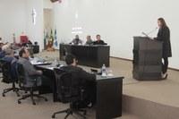Câmara retorna do recesso com sessão polêmica