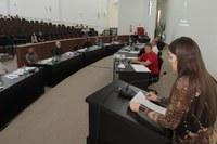 Sessão é marcada por homenagens pelo Dia das Mulheres