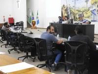 Câmara de Castro realiza sessão após três semanas